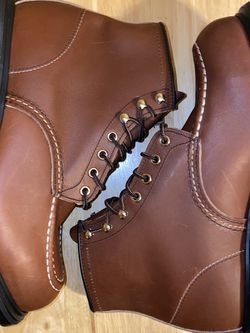 Red Wing Oil Resistant Long Wear Work Steel Toe Safety Boots Size 9.5 EEE 8249 for Sale in Villa Park,  IL