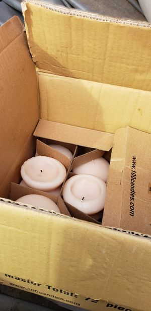 Box of flooring candles for Sale in Keenesburg, CO
