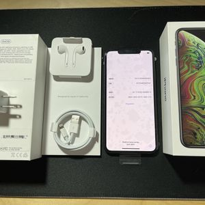 iPhone XS Max 64gb Unlocked for Sale in Chandler, AZ