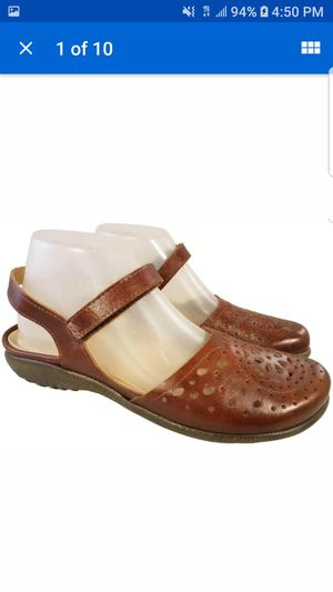 NEW NAOT FOOTWEAR SLING BACK CUT OUT LEATHER FLORAL BROWN LEATHER SHOES 40/9 for Sale in Las Vegas, NV