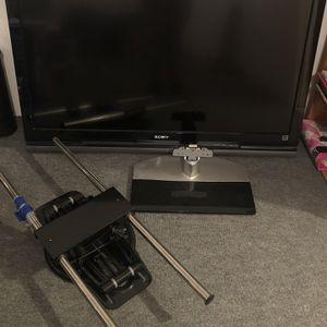 """Sony KDL-46V4100 46"""" BRAVIA® V-Series 1080p LCD HDTV for Sale in Taunton, MA"""