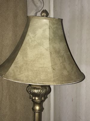 Antique look floor lamp with 3 way bulb 💡 new shade for Sale in Bridgeton, MO