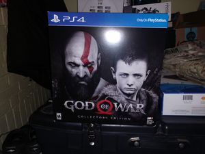 GOD OF WAR COLLECTIBLE STATUE for Sale in Waterbury, CT