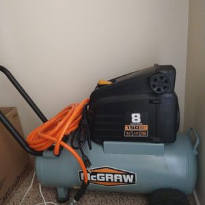 Brand new 8 gallon McGraw air compressor for Sale in Portland, OR