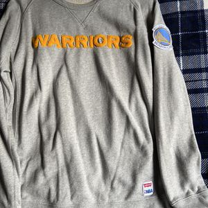 Levis Golden State Warriors Sweater L for Sale in Union City, CA