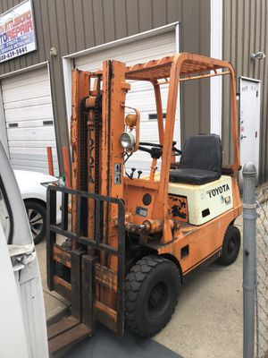 Toyota 4000lb forklift for Sale in Providence, RI