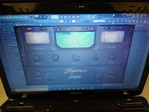 15' Toshiba Music Production Laptop - 320GB HDD - 4GB Ram - Webcam - Dvd Drive and more... for Sale in Chicago, IL
