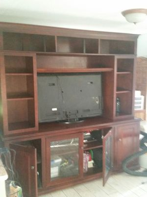 Beautiful two piece entertainment center for Sale in Venice, FL