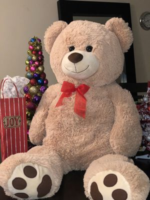 Large Cuddly Teddy Bear for Sale in Miami, FL