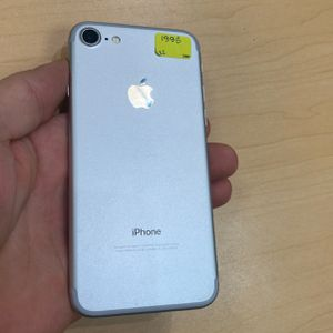Iphone 7 Unlocked Excellent Condition 6 Months Warranty for Sale in Boston, MA