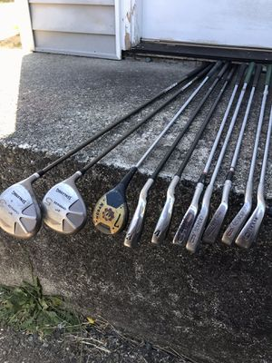 Complete set of assorted Golf Clubs for Sale in Lynnwood, WA