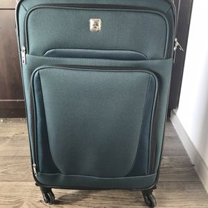"""Skyline 25"""" Softside Luggage - Teal for Sale in Irving, TX"""