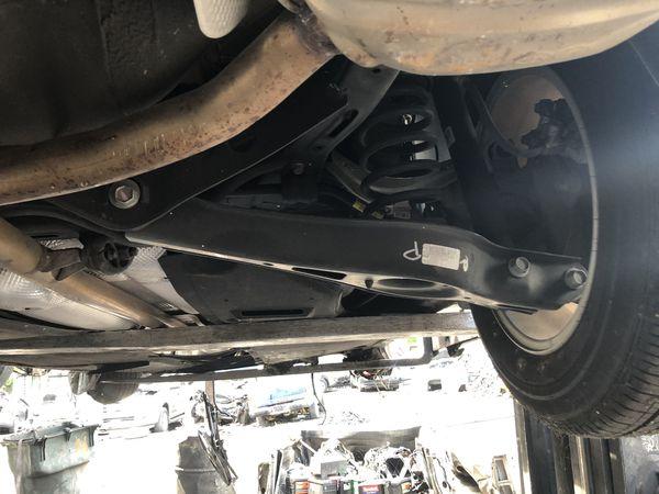 Parts of a Hyundai Sonata 2015
