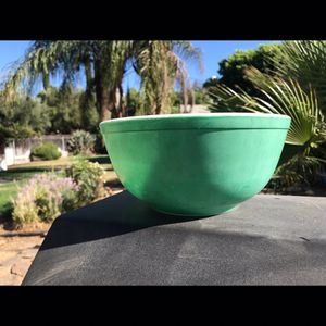 Pyrex 403 bowl for Sale in Riverside, CA