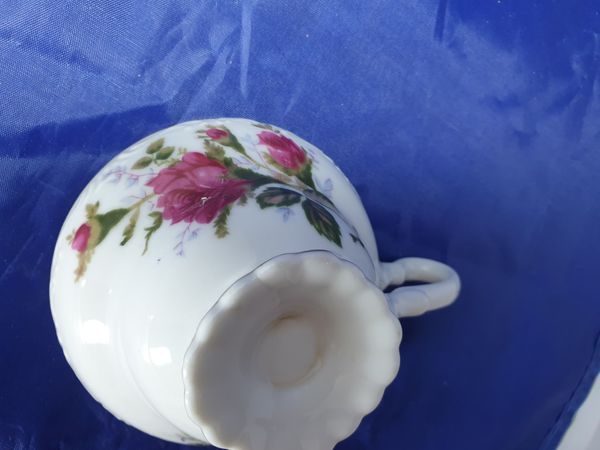 2 set rose coffee cups with suucers