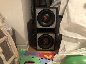 Cerwin Vega Mobile BKX7212S 12 Sealed Amplified Loaded Bass Kit with 2 Pioneer ts-a1685r speakers for Sale in Philadelphia, NJ