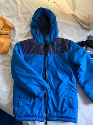 Youth North Face reversible coat size 8/10 for Sale in Ashburn, VA