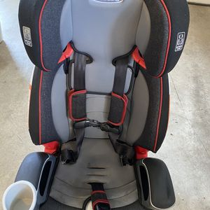Nautilus 3-in-1 Booster Seat for Sale in Issaquah, WA
