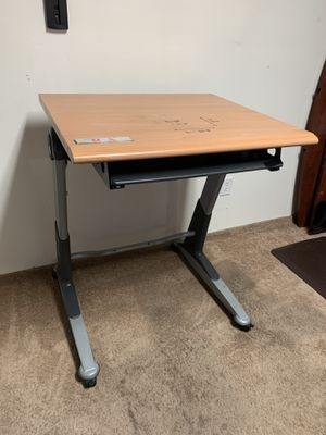 Wooden desk for Sale in Hayward, CA