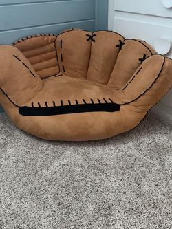 Baseball Mitt Beanbag Chair for Sale in Seattle,  WA