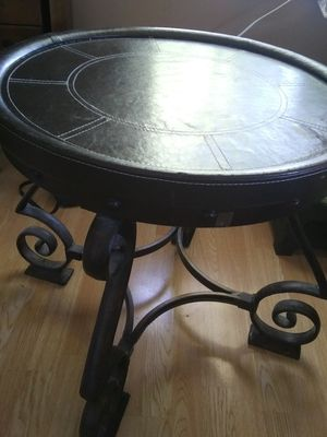Beautiful round end table genuine leather top dark brown for Sale in Gahanna, OH