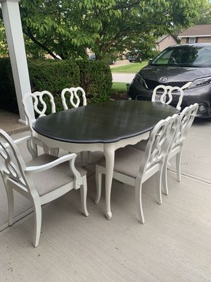 French Provençal dining set for Sale in Saint Charles, MO