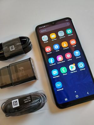 Samsung Galaxy A10E, Factory Unlocked, Budget phone, Usable with any SIM Carrier Locally and Internationally. Excellent condition like new. for Sale in Springfield, VA