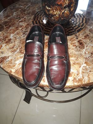 Men shoes size 12 FLORSHEIM for Sale in Tampa, FL