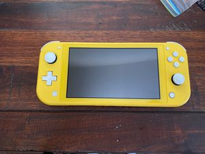 NITENDO SWITCH LITE : NEW/ ONLY USED A FEW TIMES/ POKÉMON GAME AND CHARGER INCLUDES/ SANITIZED AND READY FOR USE for Sale in Albuquerque, NM