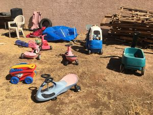 Kids ride on toys $10 each for Sale in Phoenix, AZ