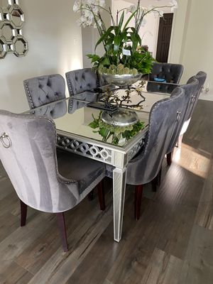 Dining table set for Sale in Los Angeles, CA