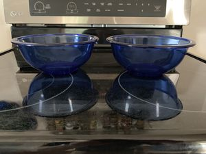 Pyrex 323 mixing bowls cobalt blue pair of two for Sale in Milwaukee, WI