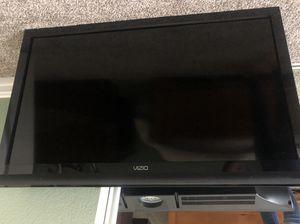 40 inch Vizio flat screen TV for Sale in Highland, CA