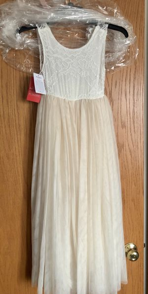 NEW Flower Girls Dress for Sale in Channahon, IL