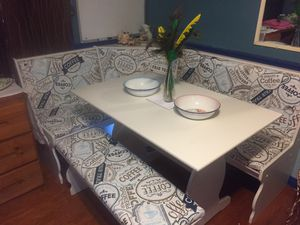 Kitchen nook table for Sale in Ruffin, NC
