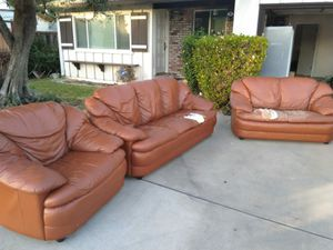 Free leather sofa set for Sale in San Jose, CA