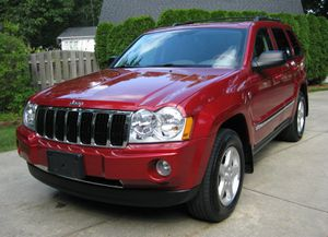 Functional navigation '05 Jeep Grand Cherokee for Sale in Freeport, ME