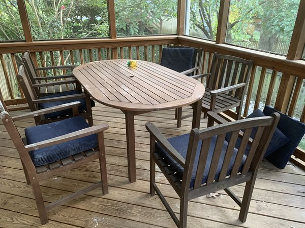 Plow and Hearth Patio Set