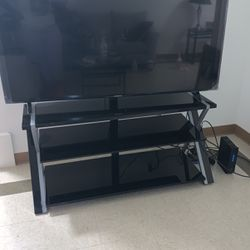 Tv stand Holds Up To 75inch for Sale in Smithfield,  RI