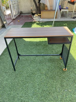 Small wooden desk- great condition for Sale in Los Angeles, CA
