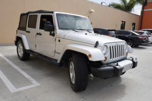 2010 Jeep Wrangler partes for Sale in Hialeah, FL