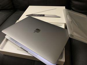 2017 MacBook Pro 13 inch for Sale in Sacramento, CA