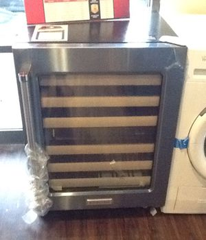New open box kitchen aid wine cooler KUWR204ESB for Sale in Long Beach, CA