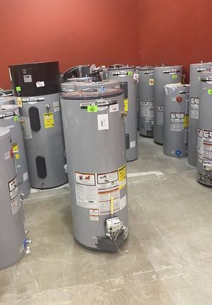 Gas and electric water heater liquidation sale 😊😊😊😊😊😊😊🔥🔥🔥🔥🔥🔥🔥💦💦💦💦 Q for Sale in Houston, TX