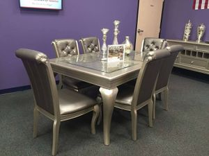 New dining set fancy design with 6 chairs table has leaf insert for Sale in San Bernardino, CA