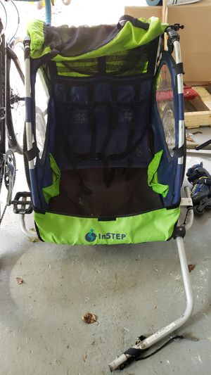 instep 2 child bike hitch great condition for Sale in Falls Church, VA