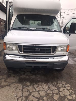 07 Ford e 350 for Sale in Cleveland, OH