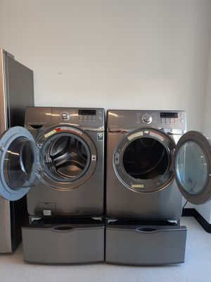 🔥🔥Samsung washer and electric dryer set with pedestal 🔥🔥 for Sale in Mount Rainier, MD