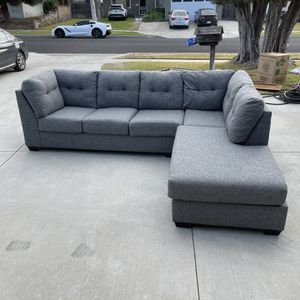 """Living Space Grey 2 Piece 116"""" Sectional Couch for Sale in Buena Park, CA"""