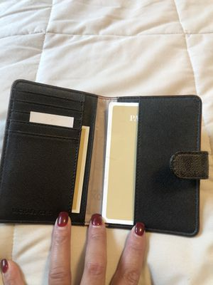 Michael Kors & Coach Wallets for Sale in VLG OF LAKEWD, IL